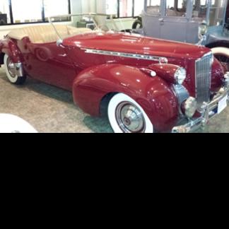 1941 Packard Darrin, Red