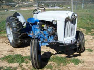 1959 Ford Tractor, Blue and White