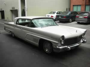 1960 Lincoln Continental 4-door Hard top White