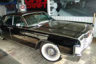 1965 Lincoln Sedan