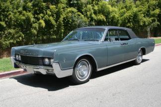 1966 Lincoln Continental 4-door Grey