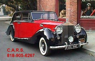 1952 Rolls-Royce Silver Wraith, 4-door Royal Red and Black